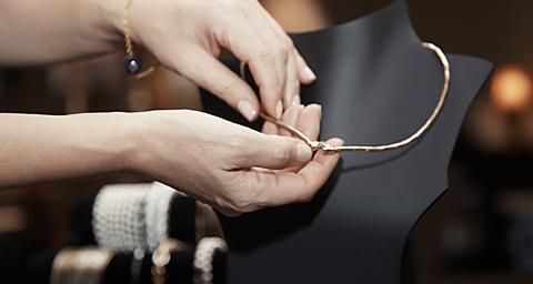 珠宝高端奢侈品必威betway|娱乐建设解决方案